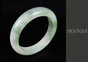 ミャンマー産天然無処理翡翠 バングル ブレスレット 薄苔緑 オフホワイト