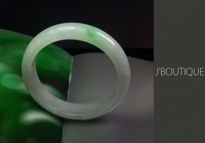 ミャンマー産天然無処理翡翠 バングル ブレスレット 微緑 オフホワイト 明緑 冰