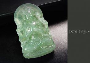 ミャンマー産天然無処理翡翠 仏像 観音様 オーナメント 手石 インテリア 薄明緑 冰