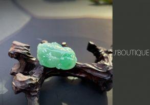 ミャンマー産天然無処理翡翠 ヒキュウ 貔貅 オーナメント 手石 インテリア 薄明緑 冰